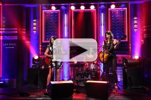 VIDEO: Norah Jones & 'Puss n Boots' Perform on Tonight