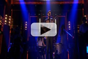 VIDEO: Jason Mraz Performs New Single 'Love Someone' on TONIGHT