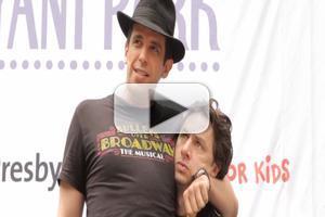 BWW TV: Zach Braff, Nick Cordero & BULLETS OVER BROADWAY Cast Shuffles Over to Bryant Park!