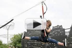 VIDEO: Cast of GOTHAM Fly On the Zip Line; Talk New Series at Comic Con 2014