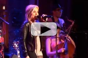 STAGE TUBE: Perez Hilton, Andy Karl, Orfeh & More Sing with The Skivvies at 54 Below!