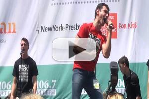 BWW TV: REVOLUTION IN THE ELBOW OF RAGNAR AGNARSSON FURNITURE PAINTER Cast Visits Broadway in Bryant Park!