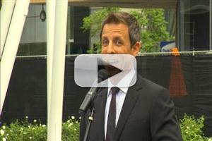 VIDEO: Seth Meyers Rolls Out the EMMY Red Carpet