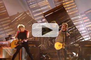 STAGE TUBE: 5 Seconds of Summer Sings Hit Song AMNESIA at the VMAs