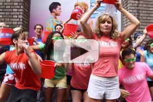 STAGE TUBE: MAMMA MIA! Cast Gets Soaked for ALS