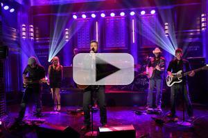 VIDEO: Blake Shelton Performs New Single 'Neon Light' on TONIGHT SHOW