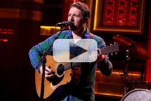 VIDEO: Sturgill Simpson Performs 'Turtles All the Way Down' on TONIGHT