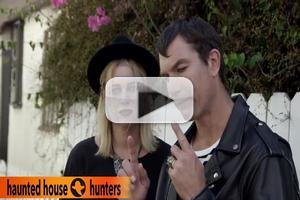 VIDEO: Jerry O'Connell and Rebecca Romijn Hunt for Haunted House in All-New FUNNY OR DIE Video