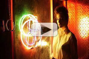 Video Lorde Reveals Yellow Flicker Beat Music Video
