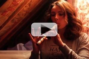 STAGE TUBE: Laura Benanti Goes Home for the Holidays!