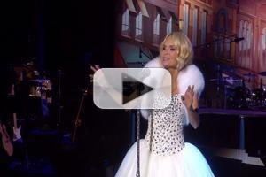 STAGE TUBE: Kristin Chenoweth Performs COMING HOME Bonus Song 'I'll Be Home For Christmas'