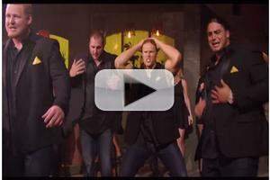STAGE TUBE: Go Behind the Scenes With PITCH PERFECT 2 as The Green Bay Packers Take on Collegiate a Capella!