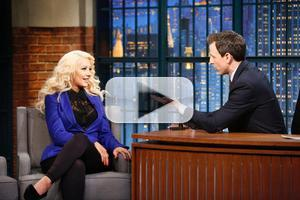 VIDEO: Christina Aguilera Revisits Her 'Sex and the City' Impression on LATE NIGHT