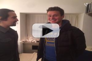 STAGE TUBE: Lin-Manuel Miranda Gives Jonathan Groff a Belated Birthday Present