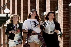 VIDEO: First Look - Sutton Foster Featured in Music Video for Hilary Duff's New Single 'Sparks'