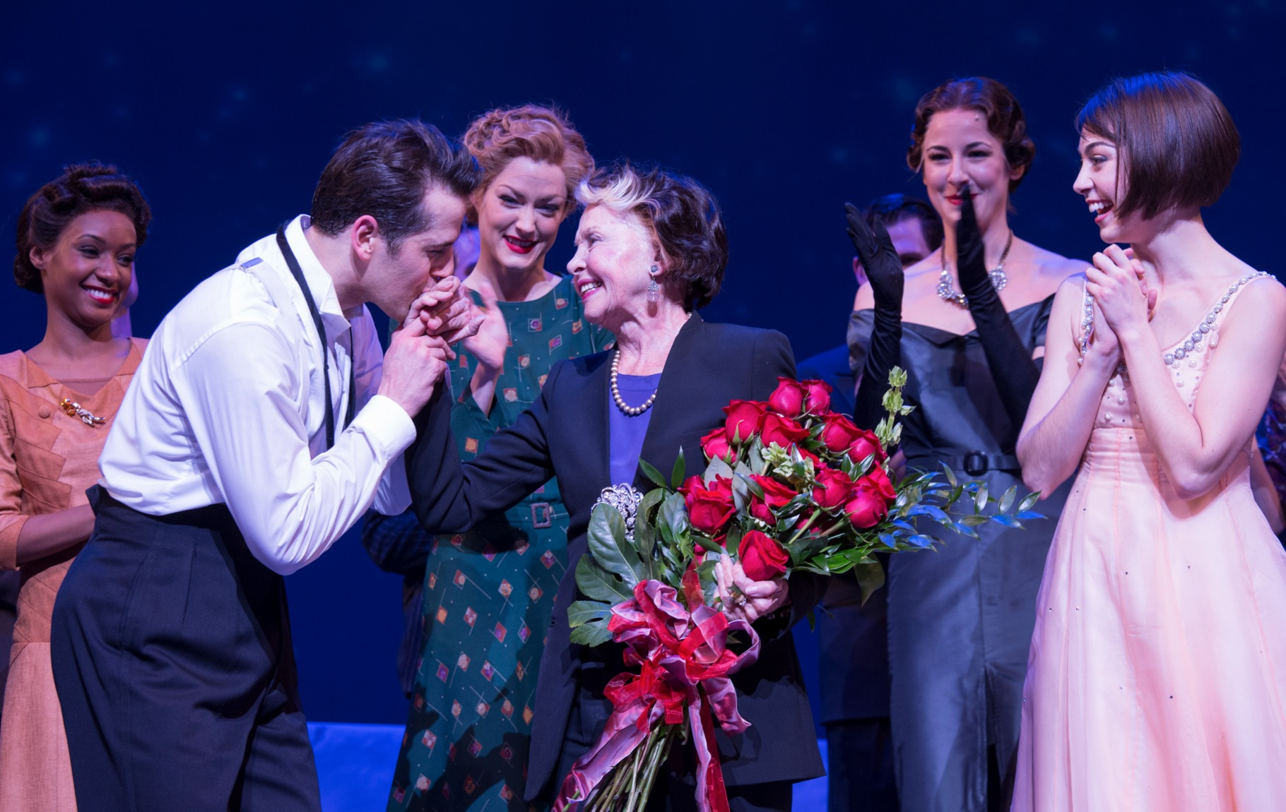 BWW TV: Original Film Star Leslie Caron Stops by AN AMERICAN IN PARIS on Broadway!