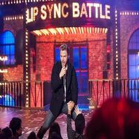 VIDEO: First Look - Derek Hough Channels Macklemore & Ryan Lewis on Next LIP SYNC BATTLE