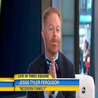 VIDEO: Jesse Tyler Ferguson Dishes on MODERN FAMILY Finale