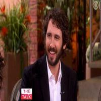 VIDEO: Josh Groban Chats New Album 'Stages', Aretha Franklin & More on THE TALK