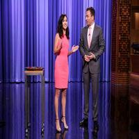 VIDEO: Kaitlyn Reenacts 'The Bachelorette' Scene on TONIGHT SHOW