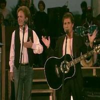 VIDEO: Sneak Peek - PBS Airs Iconic SIMON & GARFUNKEL Central Park Concert Tonight