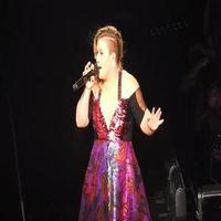 VIDEO: Kelly Clarkson Comments on 'Ever Coming to Broadway' - 'I Totally Am!'