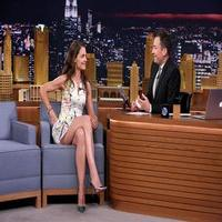VIDEO: Katie Holmes Plays 'Say Anything' on TONIGHT SHOW