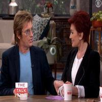 VIDEO: Denis Leary Challenges Justin Bieber to Twitter Feud on THE TALK