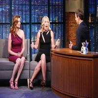 VIDEO: Jessica St. Clair and Lennon Parham Talk Shooting Sex Scene with The Property Brothers on LATE NIGHT