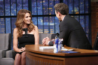 VIDEO: Cindy Crawford Looks Back on Best & Worst Photos on LATE NIGHT