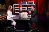 VIDEO: Julianne Moore Plays 'Box of Lies'; Talks New Film FREEHELD on 'Tonight'
