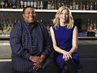 VIDEO: Host Elizabeth Banks Promos This Week's SATURDAY NIGHT LIVE
