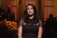 VIDEO: Cecily Strong Opens SATURDAY NIGHT LIVE With Emotional Message to People of Paris