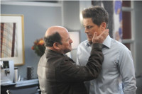 VIDEO: Sneak Peek - Jason Alexander Stars on FOX's THE GRINDER Tonight!