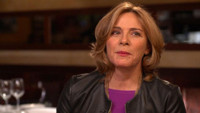 VIDEO: Kim Cattrall Discusses Aging, New Netflix Series SENSITIVE SKIN on GMA
