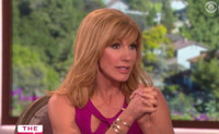 VIDEO: Leeza Gibbons Says Kelly Ripa Was Blindsided by Strahan's Departure