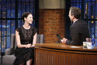 VIDEO: Caitriona Balfe Talks Passionate 'Outlander's Fans on LATE NIGHT