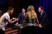 VIDEO: Gigi Hadid, Andy Samberg & More Play 'Catchphrase' on TONIGHT