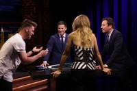 VIDEO: Gigi Hadid, Andy Samberg & More Play 'Catchphrase' on TONIGHT