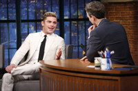 VIDEO: NEIGHBORS Star  Zac Efron Reveals: 'Seth Rogen Used to Hate Me'