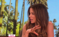 VIDEO: Kate Beckinsale Discusses Sarah Silverman Hug at 'Love & Friendship' Premiere