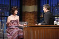 VIDEO: Mary Elizabeth Winstead Talks New CBS Series 'BrainDead' on LATE NIGHT