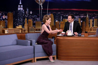 VIDEO: Parker Posey Helps Celebrate THE TONIGHT SHOW's 500th Episode