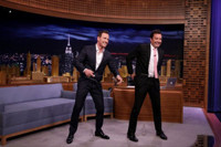 VIDEO: Michael Fassbender Plays Frozen Blackjack, Talks New Film on TONIGHT