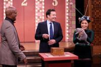VIDEO: Samuel L. Jackson & Gina Rodriguez Play 'Truth or Door' on TONIGHT