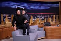 VIDEO: Norman Reedus Teases Big 'Walking Dead' Season 7 Death on TONIGHT