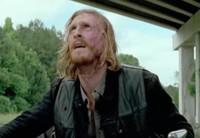 VIDEO: Sneak Peek - 'You Don't Scare Easy' on the Next THE WALKING DEAD