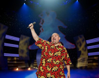 VIDEO: Ready to Get Fluffed? First Look at Gabriel Iglesias' New Special, Airing on Netflix 12/20