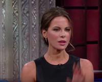 VIDEO: Kate Beckinsale Teaches Stephen ColberttoSpeak Russian on LATE SHOW