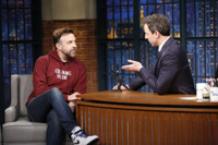 VIDEO: Jason Sudeikis Never Asked Co-Star Maisie Williams for Game of Thrones Spoilers
